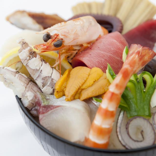 西日本調理製菓専門学校 【調理体験】海鮮丼1