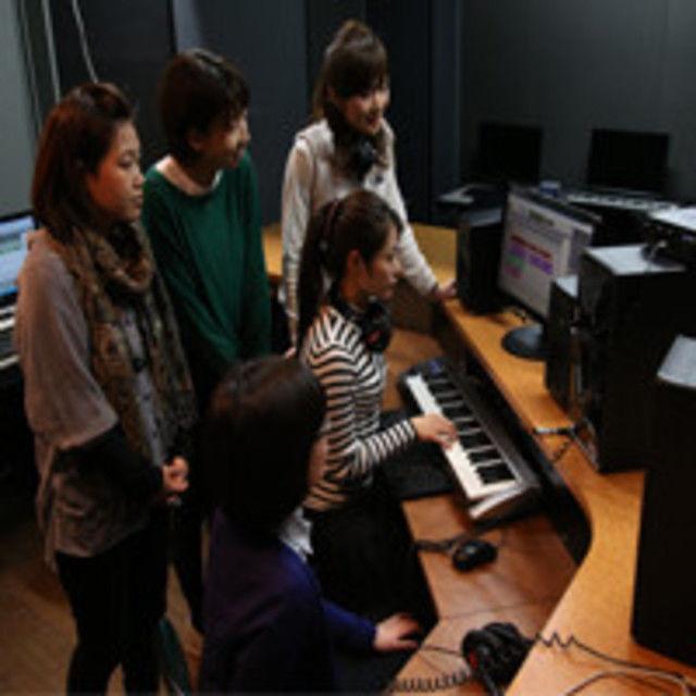 日本コンピュータ専門学校 DTMで作曲に挑戦!1