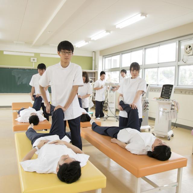 国際医療福祉専門学校一関校 学校説明会(理学療法学科)1