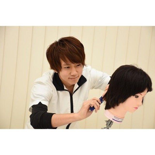 新潟から美容業界を目指すなら!新潟駅スグの美容学校BM