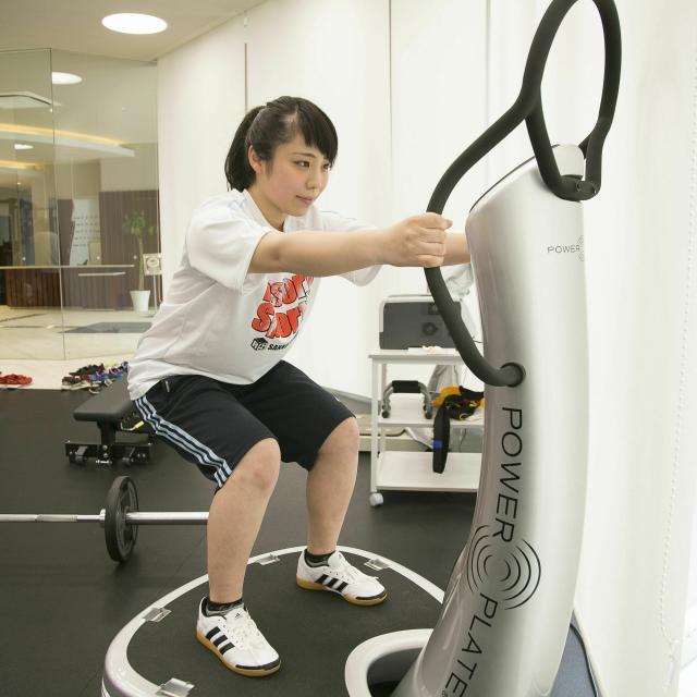 仙台リゾート&スポーツ専門学校 最新マシンでトレーニング体験!2