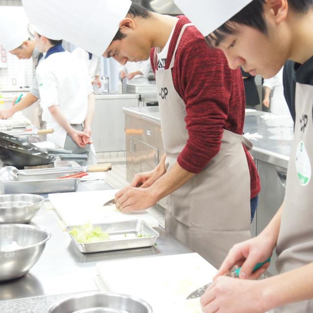 神戸国際調理製菓専門学校 ☆本格中国料理に挑戦!具だくさんあんかけチャーハン☆2
