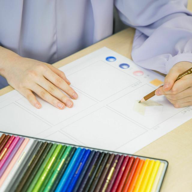 専門学校日本デザイナー学院 オリジナルロゴマーク制作講座1
