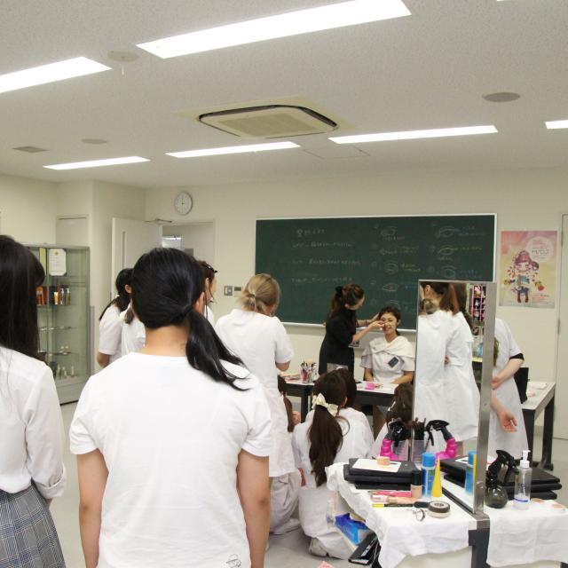 国際文化理容美容専門学校国分寺校 学校見学会2