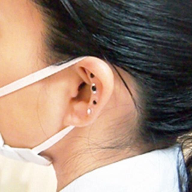 日本医学柔整鍼灸専門学校 美容鍼でキレイになろう!「耳つぼジュエリー体験」1