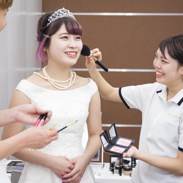 たかの友梨美容専門学校 ウェディングドレスを着てブライダル撮影part.1♪2