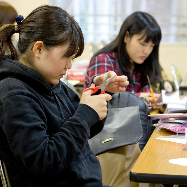 大阪保育福祉専門学校 法人内施設の子どもと一緒にお正月遊びを楽しもう♪4