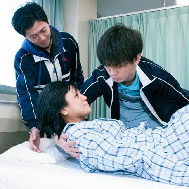 関東福祉専門学校 模擬授業で介護体験★先生や在校生が疑問や相談にお応えします1