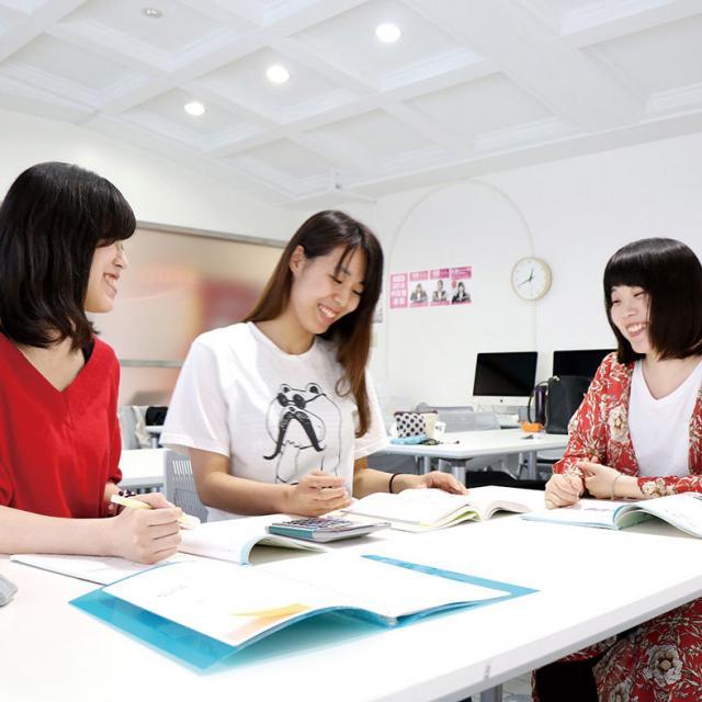 専門学校 九州スクール・オブ・ビジネス 5月の体験入学(総合ビジネス)1