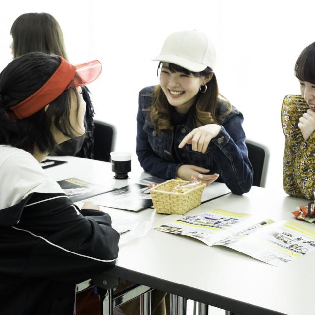 大阪文化服装学院 オープンキャンパス 学生との交流会Day1