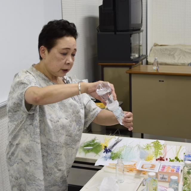 京都福祉専門学校 オープンキャンパス ~ 大人気!ハーバリウム作り ~1