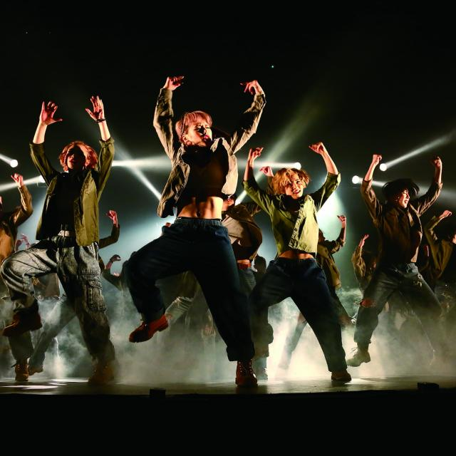 現役ダンサーによるダンスレッスン!プロダンサーを目指せ!