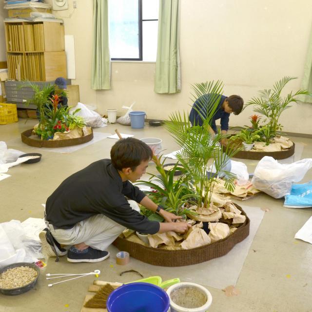 日本ガーデンデザイン専門学校 在校生が頑張っています!国家資格 技能検定 合格を目指して2