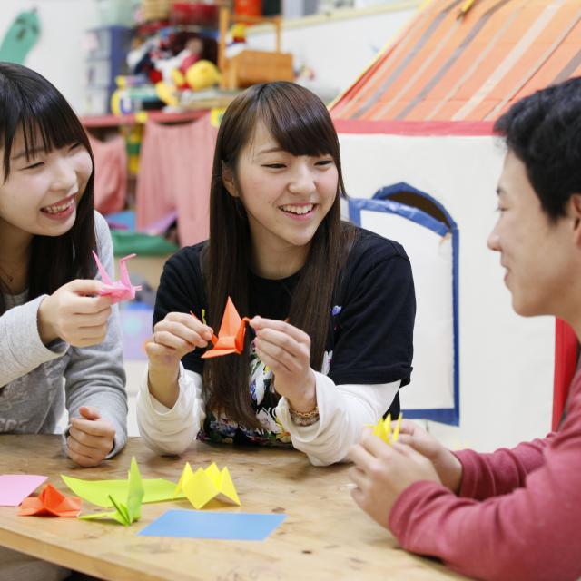 東京YMCA社会体育・保育専門学校 【工作・伝承あそび体験】作って遊ぼう!1
