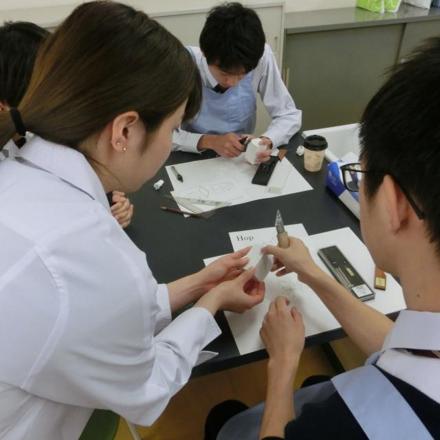 熊本歯科技術専門学校 「歯科技工士」の仕事を体験してみよう!2