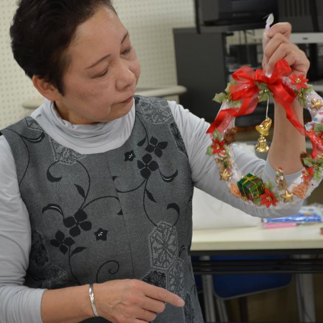フラワーデザイン!~クリスマスの花飾り~
