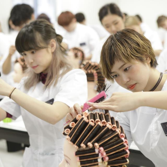 国際文化理容美容専門学校国分寺校 特別体験入学会★いつもよりバージョンアップしたヘアショー!3