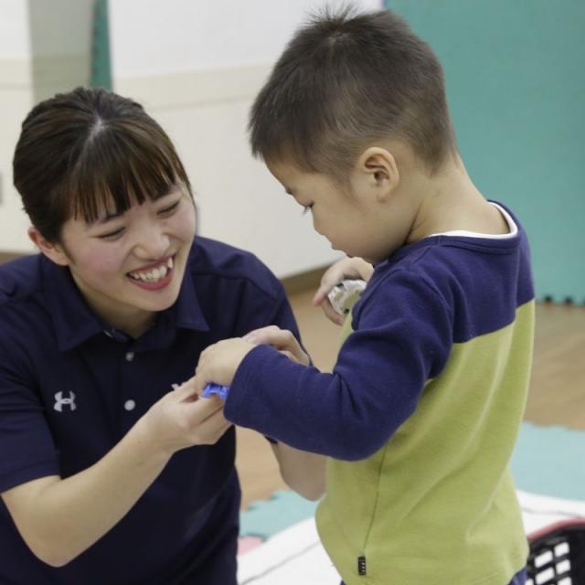 横浜YMCAスポーツ専門学校 YMCA保育園で子どもたちと遊ぼう!保育体験1