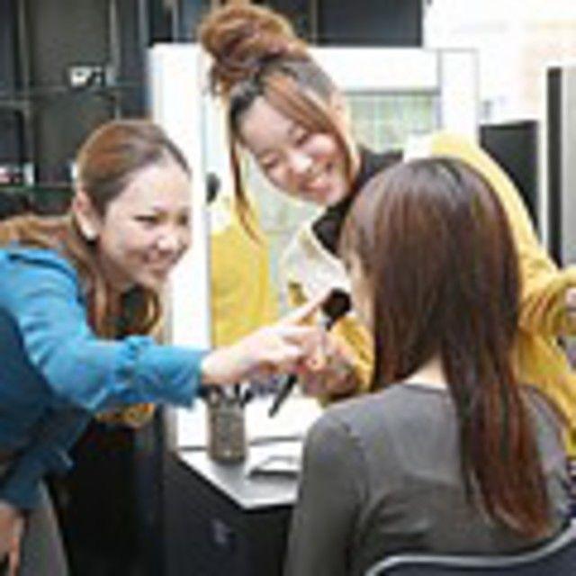大阪ベルェベルビューティ&ブライダル専門学校 新しいことを知ろう!ベルェベルのオープンキャンパス3