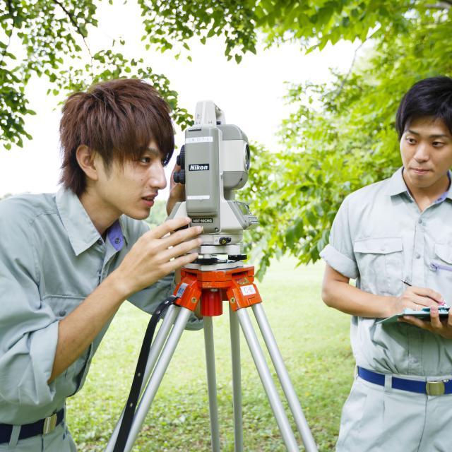 新潟工科専門学校 測量士補の資格取得や、土木の仕事を目指す方へ!1