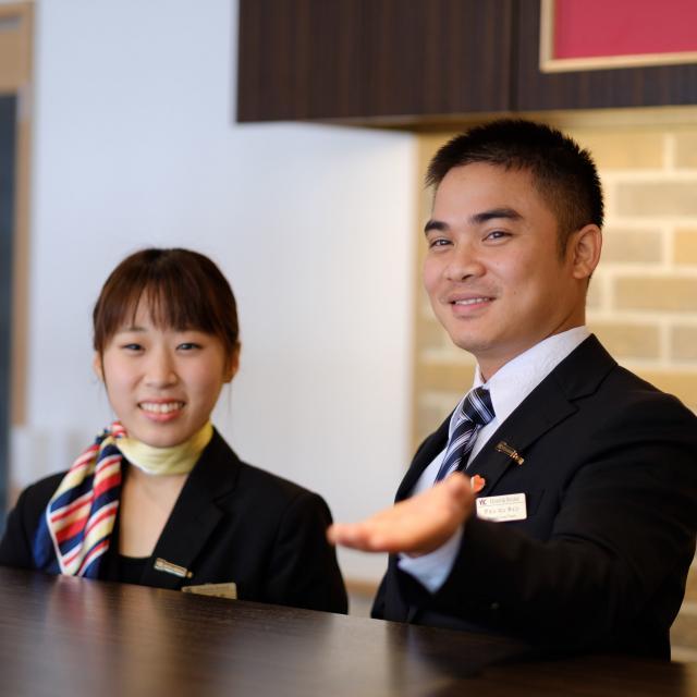 YICビジネスアート専門学校 3/28(木)【ホテルブライダル】プチ英会話を学ぼう1
