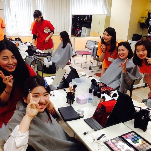 横浜ビューティー&ブライダル専門学校 【メイク】オシャレメイク最先端を学べる☆高校2年生も歓迎♪1