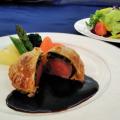華調理製菓専門学校 牛フィレ肉のパイ包み焼き&栗茶巾