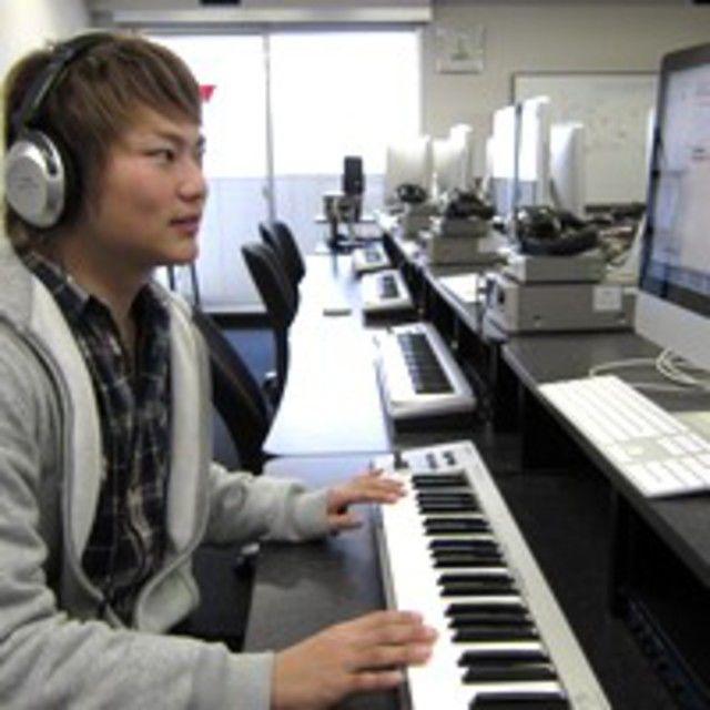 名古屋スクールオブミュージック&ダンス専門学校 サンプラーを使ってDJ/ビートメイカー体験1