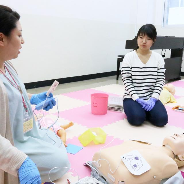 日本デザイン福祉専門学校 1/27(日)楽しく学ぶ救命講座1