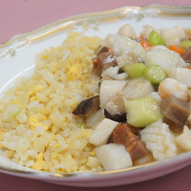 神戸国際調理製菓専門学校 ☆本格中国料理に挑戦!具だくさんあんかけチャーハン☆1