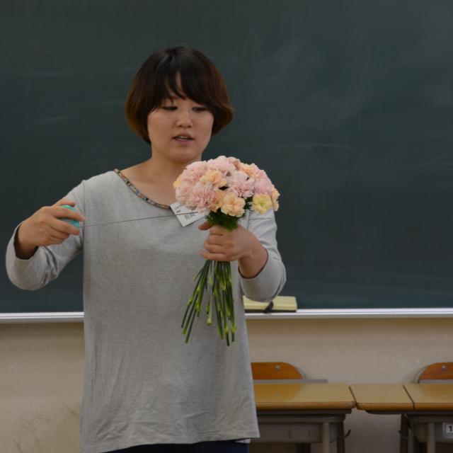 日本ガーデンデザイン専門学校 在校生が頑張っています!国家資格 技能検定 合格を目指して3