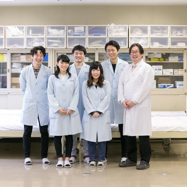 神戸総合医療専門学校 センパイと一緒に、医療の仕事を体験してみよう!2