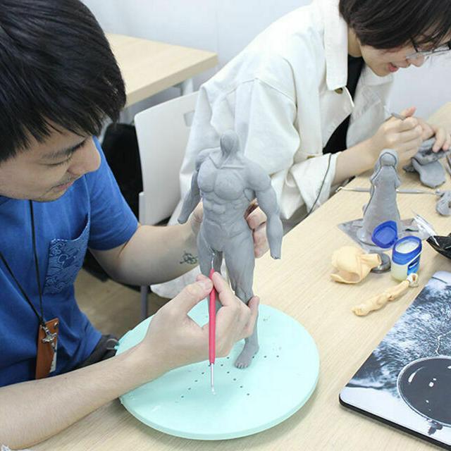 東京デザイナー学院 フィギュア制作の続きをしよう!1