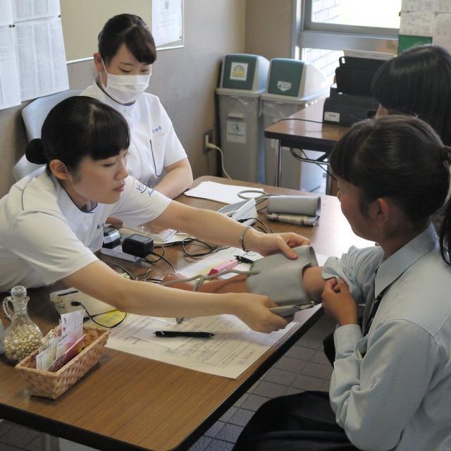 広島文化学園大学 看護学科★看護師をめざすあなたに★4
