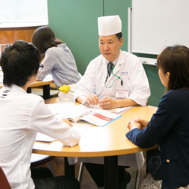 東京調理製菓専門学校 具だくさんエビカニ炒飯4