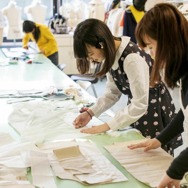大阪デザイナー専門学校 【ファッションデザイン学科】AO入学説明会2