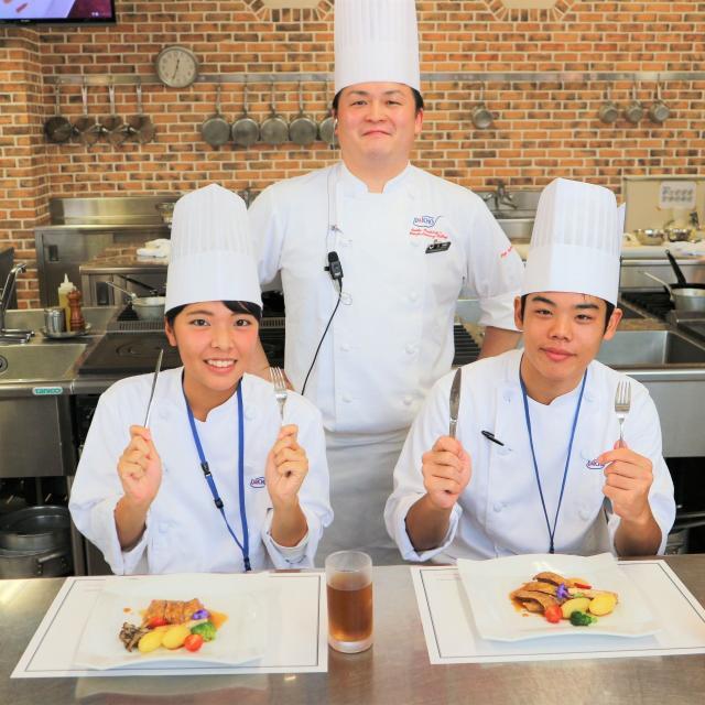大阪調理製菓専門学校 【ecole UMEDA開催】牛肉のステーキ4