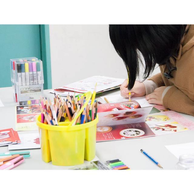 日本外国語専門学校 アート&デザインワークショップ(海外美大授業体験)1