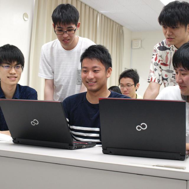 秋田情報ビジネス専門学校 学校説明会1
