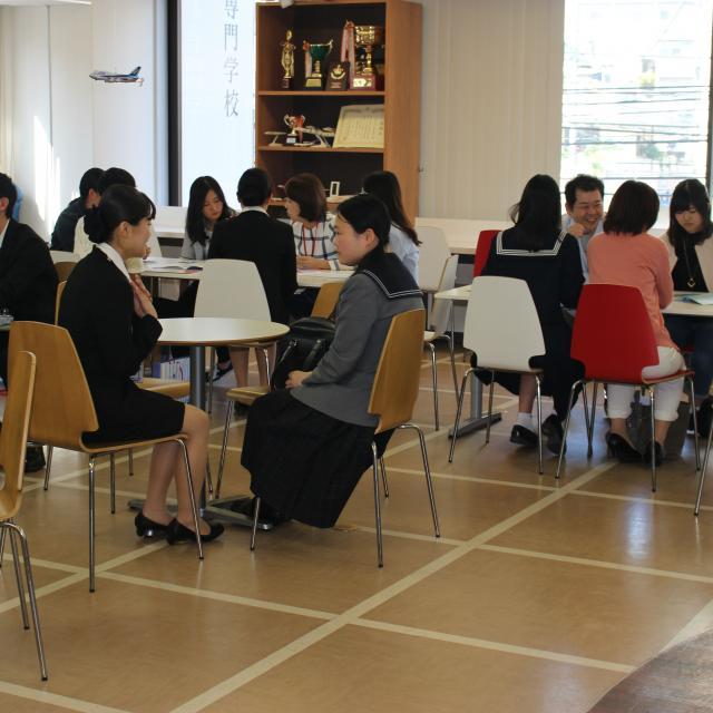 西日本アカデミー航空専門学校 エアライン業界を目指すあなたへ!空港見学もできるOC♪3