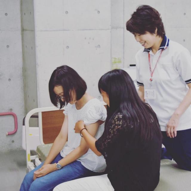 京都福祉専門学校 オープンキャンパス ~ 学生スタッフと介護体験 ~2