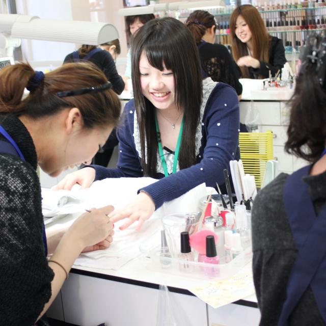 大阪ベルェベルビューティ&ブライダル専門学校 キレイのお手伝い体験!オープンキャンパス開催☆2
