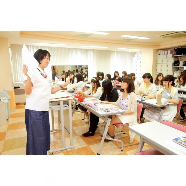 広島ビューティー&ブライダル専門学校 AO・入試説明会~自分に合った入試方法を見つけよう~3