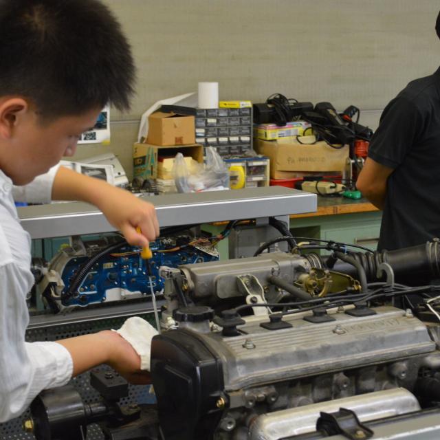 中日本自動車短期大学 クルマ好き集合!とことんクルマに触れるオープンキャンパス!2