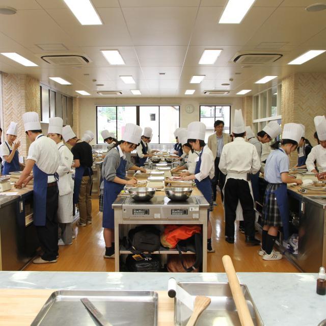 宮城調理製菓専門学校 体験実習!フランス料理・イタリア料理専攻&日本料理・すし専攻3