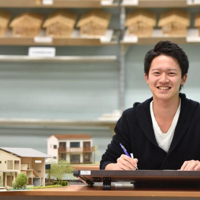 国際理工情報デザイン専門学校 【学校説明会】対象:建築設計科2