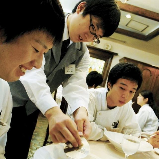 辻調理師専門学校 特別企画!授業見学会でクリヨン(お客さま役)体験!2