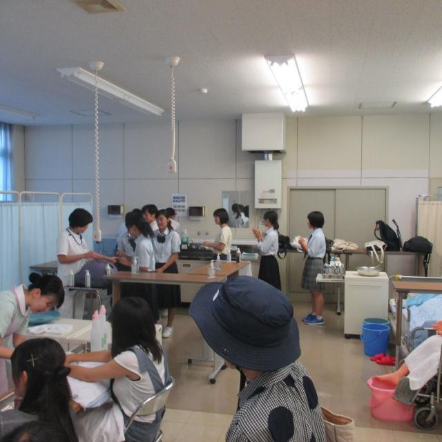 近畿大学附属看護専門学校 平成30年度オープンキャンパス1