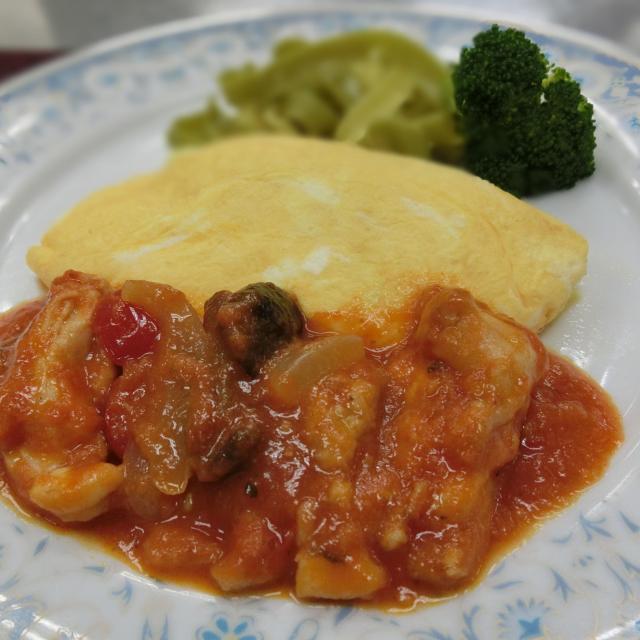 鶏肉のエギュイットのソテ~トマトソ~ス煮のプロヴァンス風
