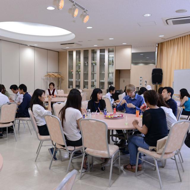 外語ビジネス専門学校 〈英語〉サービスで使われる英語を学ぼう!4